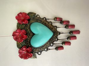 Tin heart with tassels