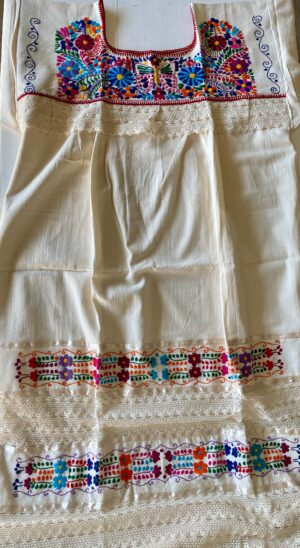 SRQ_MEXICAN EMBROIDERED LACE DRESS